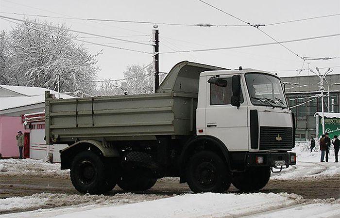 МАЗ 555102 220 (самосвал - 10 т)